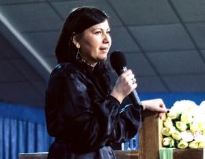 Проповедует Елена Правозорова